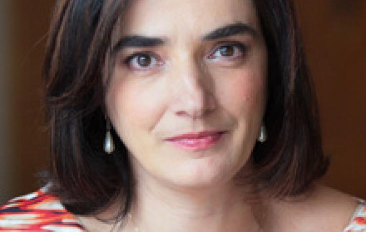 """Professora Elvira Fortunato recebeu este sábado a """"Medalha Blaise Pascal para a"""